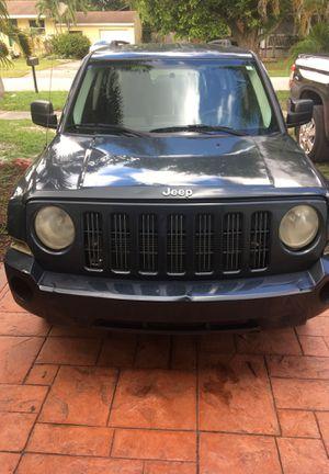 Jeep 2008 patriot for Sale in Miami, FL