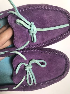 Shoes UGG size 9-9,5 for Sale in Miami, FL