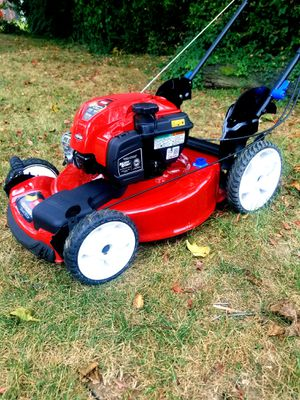 """Toro Recycler Smart Stow 22"""" 3-N-1 Lawn Mower for Sale in Suitland-Silver Hill, MD"""