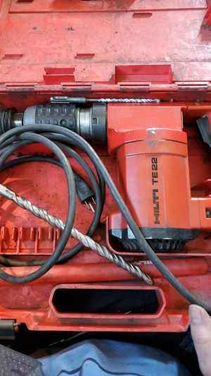 Hilti TE22 corded rotary hammer drill for Sale in Seattle, WA