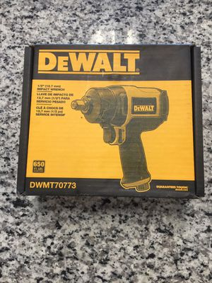 DEWALT 1/2 AIR IMPACT WRENCH DWMT70773 650 FT.-LBS. MAX. TORQUE #16112-1 for Sale in Revere, MA