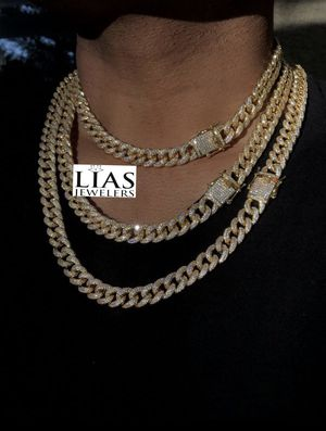 New 18 k yellow gold Cuban link chain for Sale in Sunrise, FL