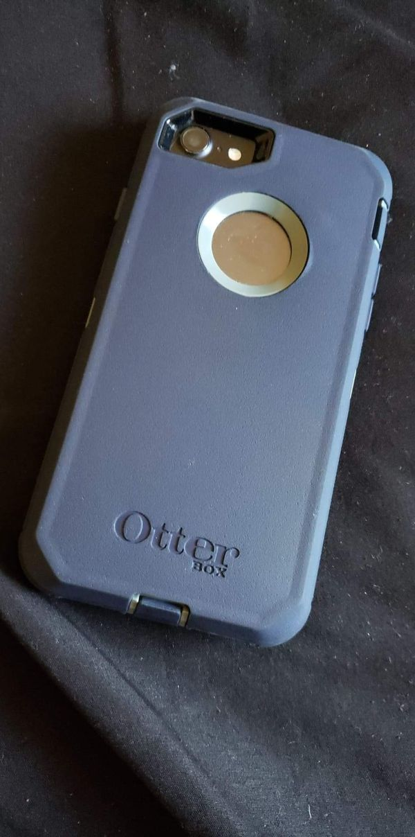 iPhone 7 with otterbox