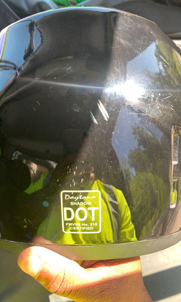 D.O.T DAYTONA SHADOW - HI GLOSS BLACK MOTORCYCLE HELMET