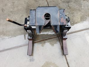 Reese fifth wheel hitch for Sale in Santa Maria, CA