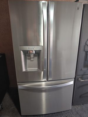 REFRIGERATOR FRENCH DOOR KENMORE STAINLESS STEEL for Sale in Santa Ana, CA