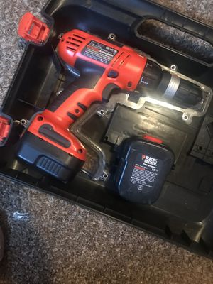 Black and decker drill works but come with no charger has extra battery pack $20 if u have a charger or charged better you are welcome to test for Sale in Manteca, CA