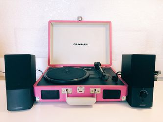Pink Crosley Record Player with 2 Bose Speakers for Sale in Los Angeles,  CA