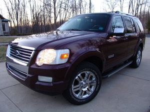 Clean2006 Ford Explorer Limited for Sale in Philippi, WV