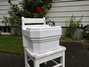 Water fountain for Sale in Kent, WA