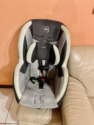 Car seat for Sale in Mission, TX
