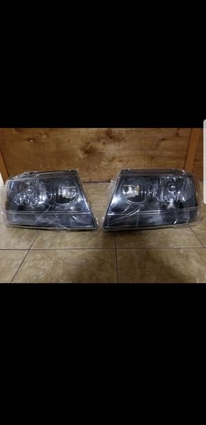 Grand cherookee headlights black New for Sale in Chicago, IL