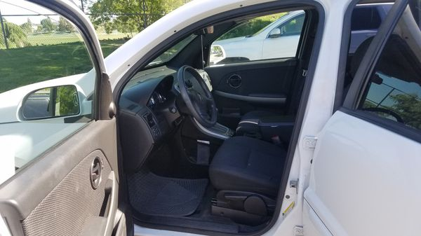 2006 Pontiac torrent need to be towed 400
