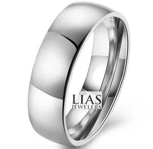 New 18 k white gold men wedding ring for Sale in Sunrise, FL