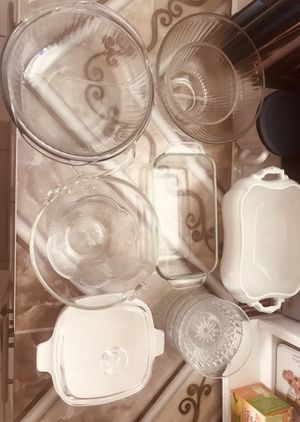 12 Pyrex glassware for Sale in Aventura, FL
