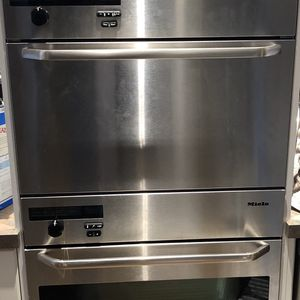 Miele Oven/Steamer Combo for Sale in Long Branch, NJ