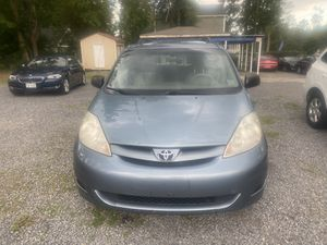 Im selling 2008 Toyota Sienna for Sale in Summerville, SC
