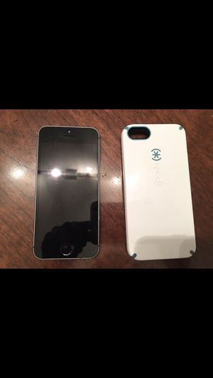 iPhone 5 32gb for Sale in Cleveland, OH