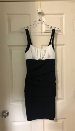 Size 8 dress. for Sale in Lillington, NC
