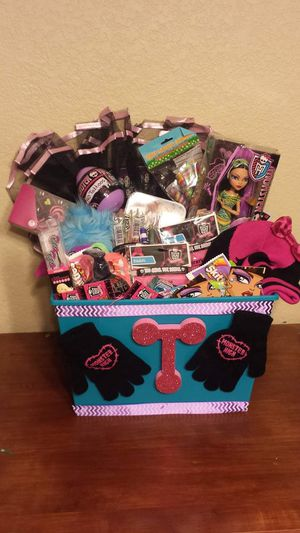 Monster High Easter Basket for Sale in Birmingham, AL