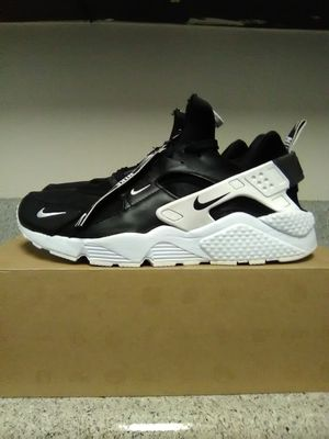 Mens Nike Huarache size 11 for Sale in Ontario, CA
