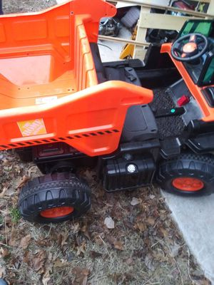 12v dual seat dump truck for Sale in Choctaw, OK