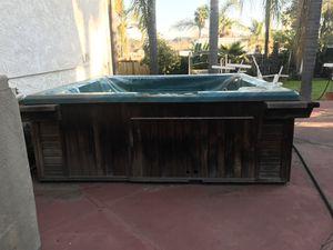 Jacuzzi Hot Tub (6 Person - 500 gallon) for Sale in Vista, CA