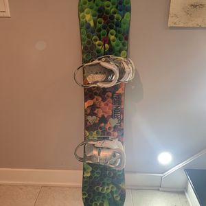 Women's Burton Snowboard And Binding for Sale in Brooklyn, NY