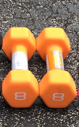 NEW PAIR OF 8 POUND NEOPRENE/ RUBBER DUMBBELLS for Sale in Deerfield Beach, FL