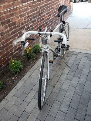 Miyata road 110 bike for Sale in Chelsea, MA