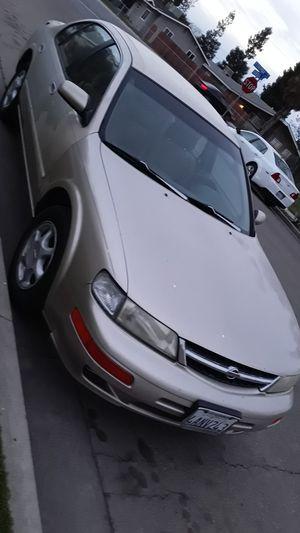 1998 Nissan Maxima for Sale in Tulare, CA