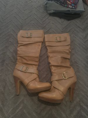 Tan boot size 8.5 for Sale in Chicago, IL