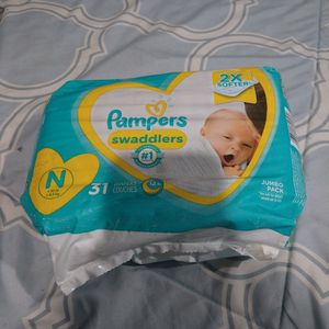 Newborn Pampers for Sale in Rosemead, CA