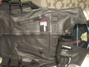 Icon motorcycle vest black leather for Sale in Miami, FL