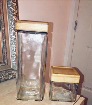 Pair of glass storage jars / containers with bamboo lid for Sale in Culver City, CA