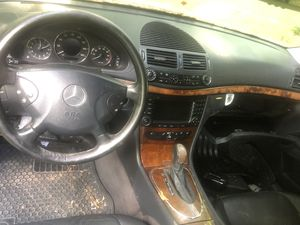 Mercedes Benz E 320 PARTS OR CAR for Sale in Bardonia, NY