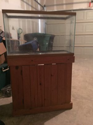 15 gallon fish tank with stand for Sale in Bellaire, TX