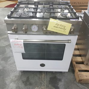 NEW White 30inch Gas Range Bertazzoni Master Series for Sale in Ontario, CA