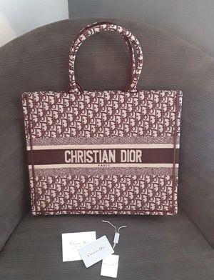 🔥🔥🔥CHRISTIAN DIOR TOTE BAG FALL 2019🔥🔥🔥 for Sale in Atlanta, GA