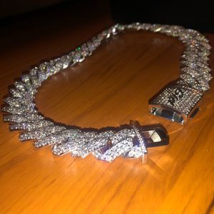 19mm prong link Cuban choker Brand new length 18 for Sale in Bellevue, WA