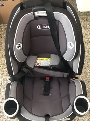 4Ever® 4-in-1 Convertible Car Seat by Graco for Sale in Las Vegas, NV