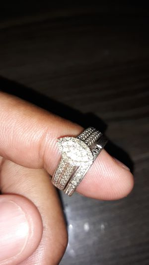Women diamond wedding cluster ring with band set for Sale in Orlando, FL
