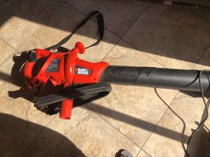 Leaf vaccum blower works good only thing we don't bag for vaccum for Sale in West Palm Beach, FL