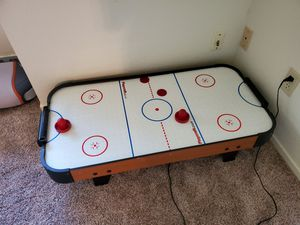 Air hockey table for Sale in Fresno, CA