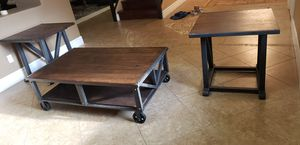 Coffee Table & 2 matching end/side tables for Sale in Mesa, AZ