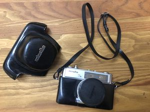 Minolta 7s 35mm film camera 45mm lens camera cover and strap for Sale in Costa Mesa, CA