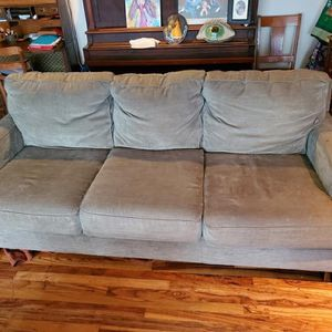 Couch/sofa for Sale in Beavercreek, OR
