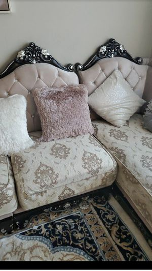 Living room Sofa Sectional and pillows for Sale in Columbus, OH