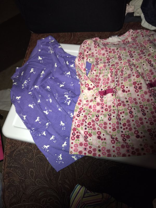 VGUC Girls Sz. 2 Set of 2 Printed Long Sleeve Dresses $3ea . Old Navy Unicorn Purple Dress Hartstrings Pink Floral Dress w/Front Pockets Walgreens