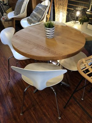 MUST GO!!!! Kitchen table & chairs for Sale in San Jose, CA